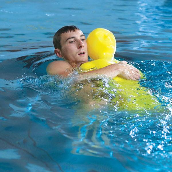 Formations devenir nageur sauveteur une formation du Dragon d'Eau et du SNSM